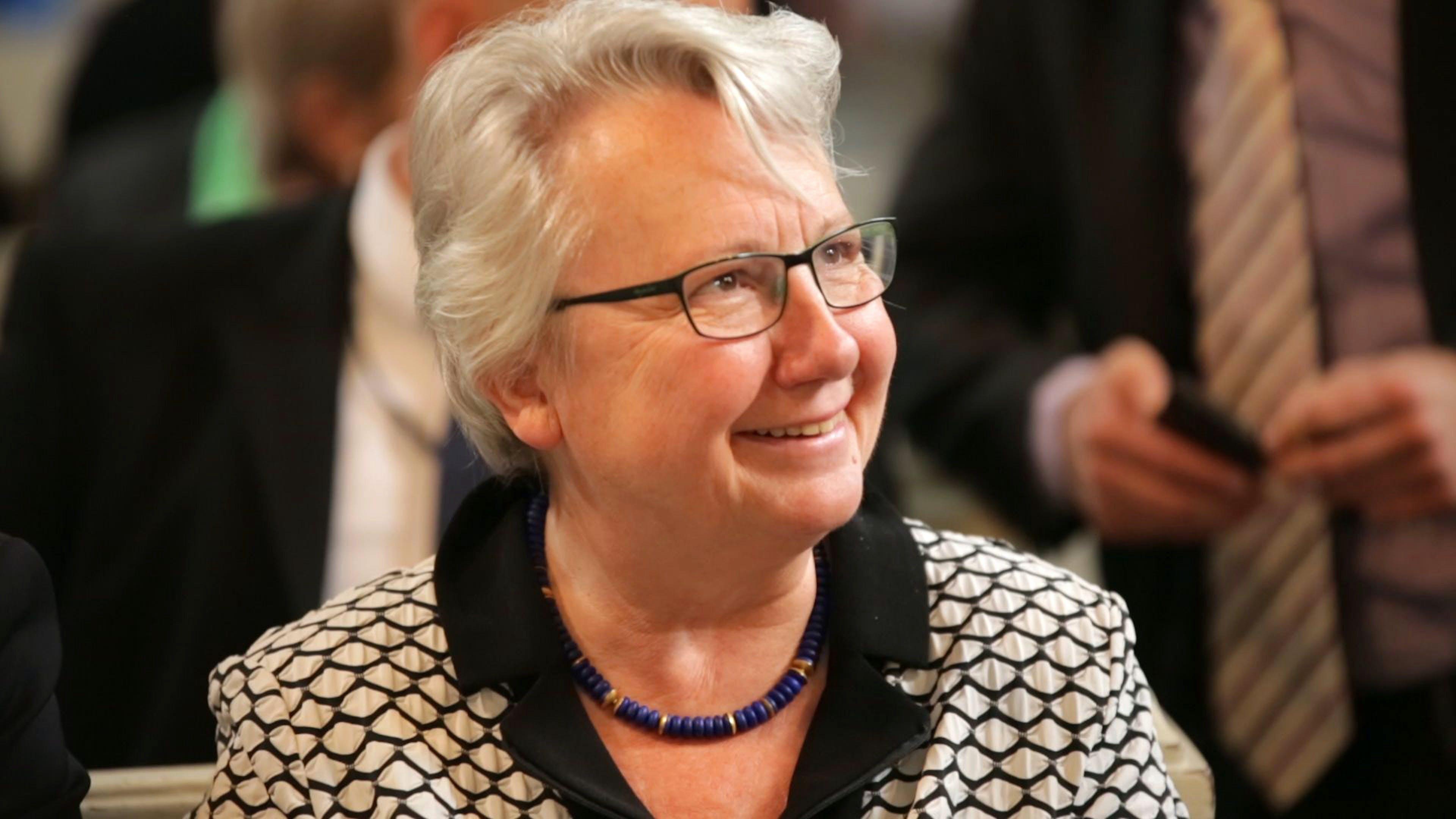 """Annette Schavan - """"Mit Luther zum Papst"""""""
